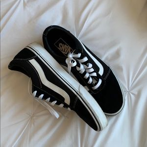 VANS Ward Lo Suede Sneaker